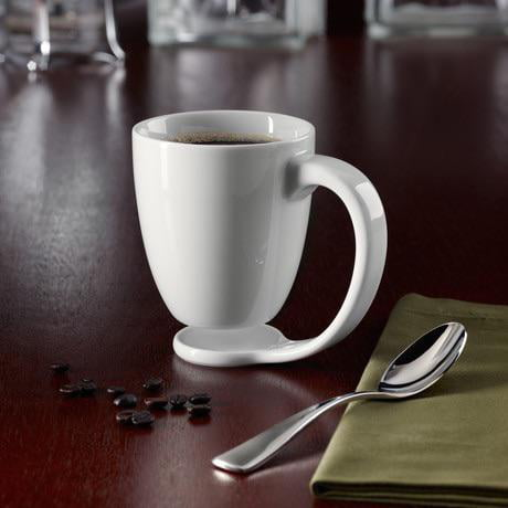Smart Mug design with a built-in coaster to protect surfaces.