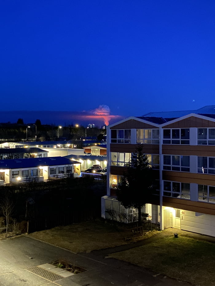 Volcanic eruption seen from my balcony