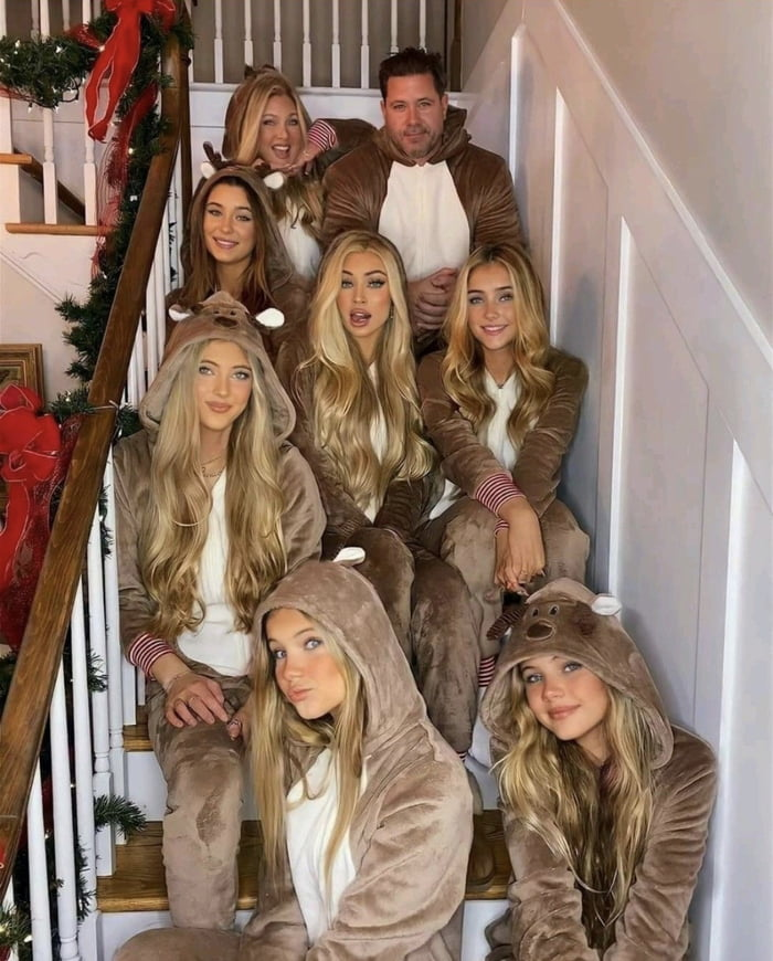 Canadian Family with 6 girls