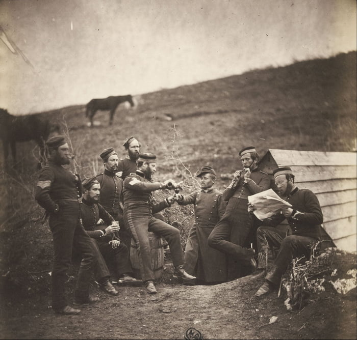 English soldiers during the Crimean War (1853-1856). Picture made by Roger Fenton, the world's first war photographer.